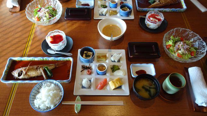 高級食材が並ぶ春帆楼の「満関善席」に大満足