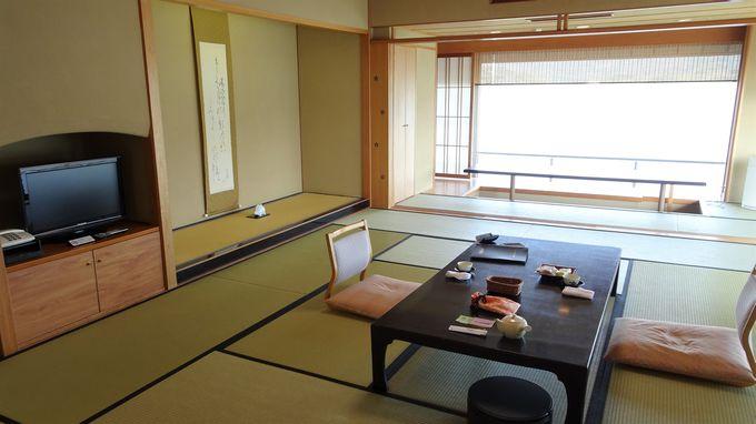 広々とした客室から東郷湖の絶景を