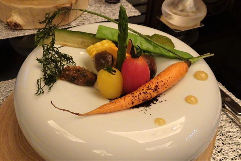 中央アルプス駒ケ根「季澄香」で芸術的な創作日本料理と香りを楽しむ