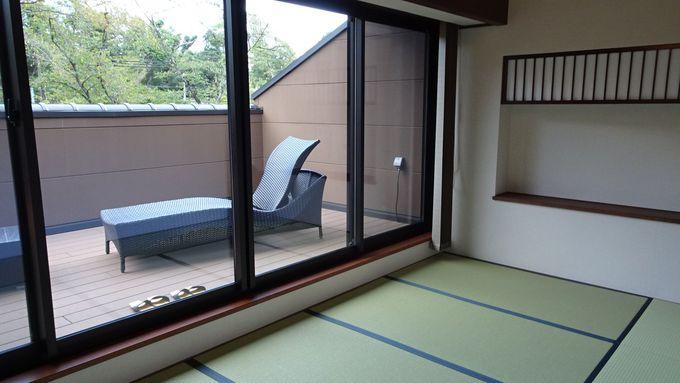 木曽川を臨む大きなテラスが魅力のメゾネットの部屋