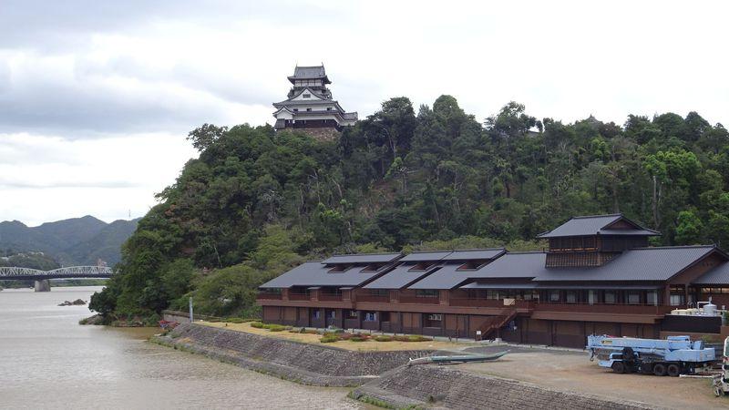 犬山城と木曽川を愛でる名宿!蘇った「灯屋 迎帆楼」の魅力に迫る