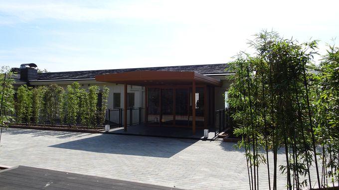 大人のリゾート「大室の杜 玉翠」は伊豆高原の高台に建つ
