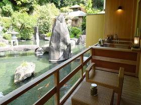 山梨笛吹川温泉「坐忘」庭園露天風呂客室で極上の空間を知る
