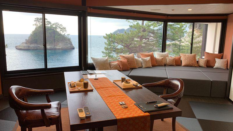 西伊豆・堂ヶ島の極上の湯宿「繭二梁」で一生の思い出を!