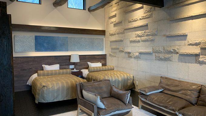 温泉露天風呂と贅沢な造りの「メインルーム」で至福の時を