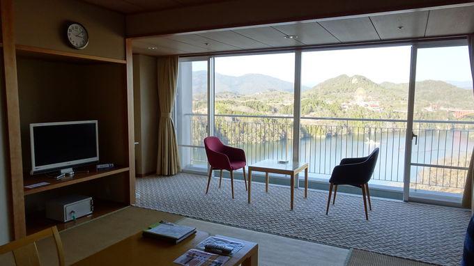 全客室から恵那峡を臨む事が出来る絶好のロケーション