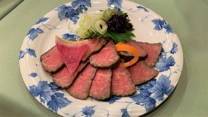 岐阜県の誇る飛騨牛を盛り込んだ会席料理が魅力