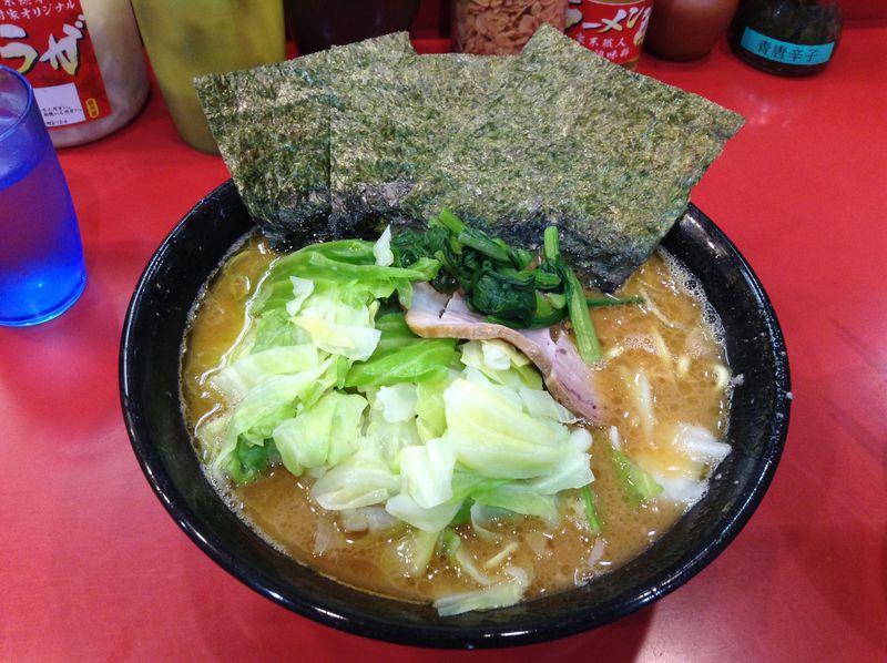 横浜家系ラーメン発祥の「吉村家」で極上の一杯を頂く!