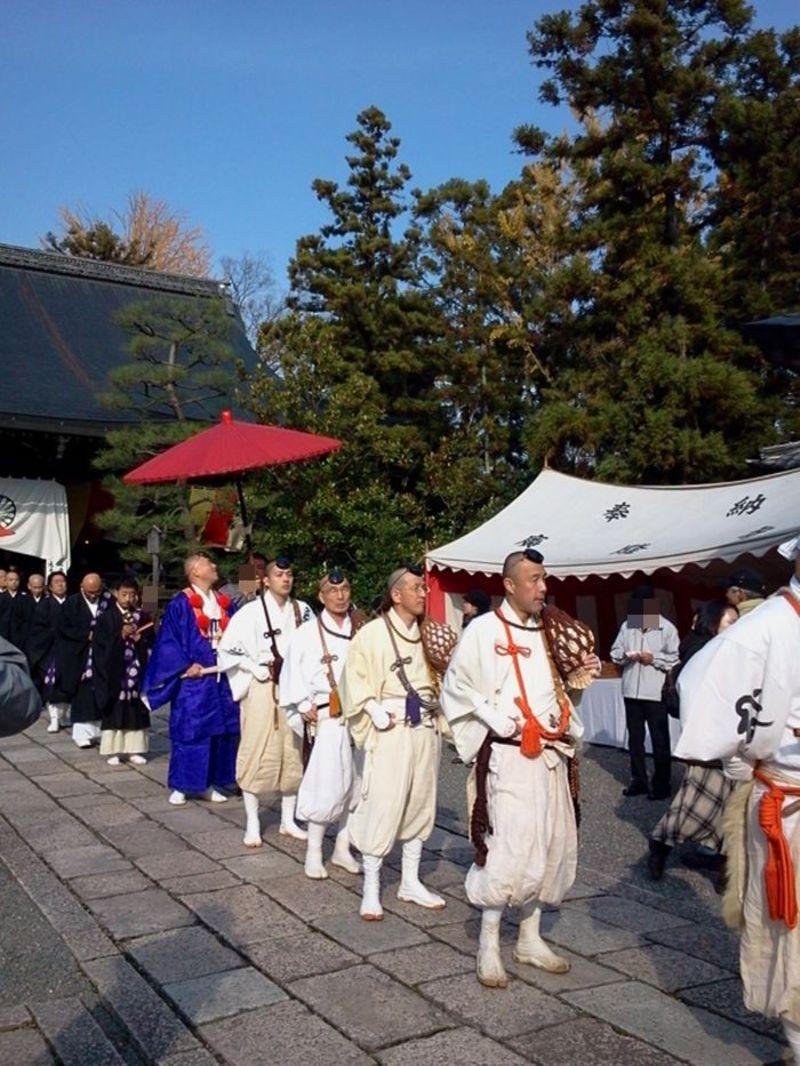 煩悩や穢れを祓い清める煙と儀式は圧巻!京に冬を呼ぶ、太秦広隆寺の聖徳太子お火焚祭