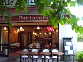 河口湖でパリジェンヌ気分の美味しい休日!「フランス食堂」と「リサとガスパールタウン」