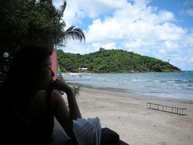 誰もいないビーチを独り占め!タイの国立公園・サメット島で一番の超穴場ビーチへ!