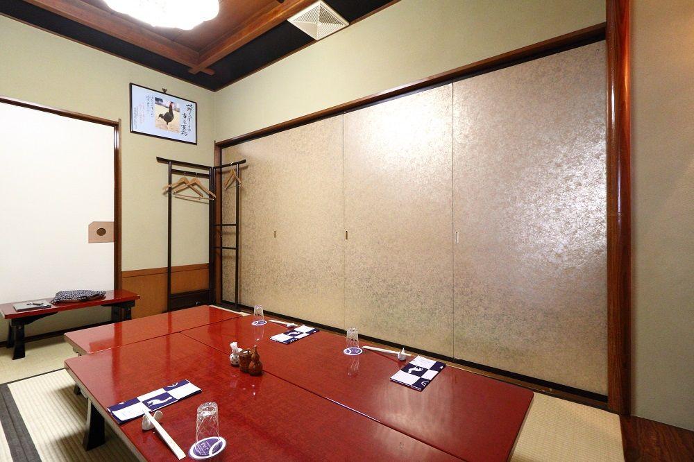小上がり座席、個室、様々な空間でおもてなし