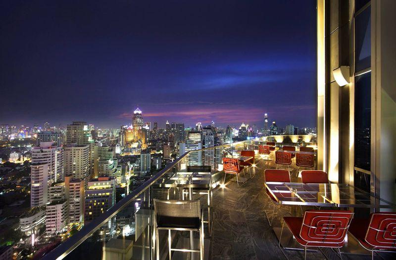 本当は内緒にしておきたい!バンコクで一番静かに飲める秘密のルーフトップバー「ライブラリー」