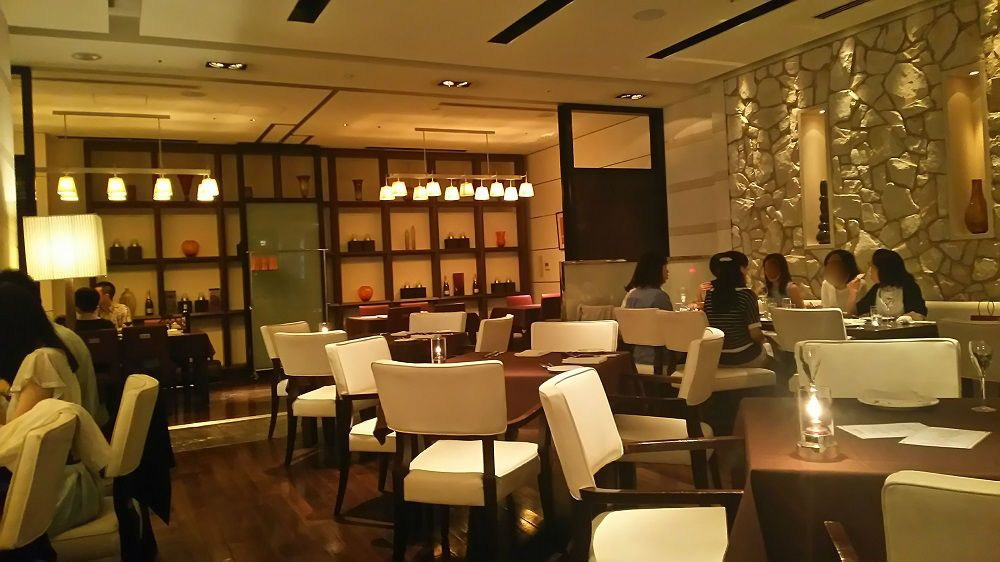 ホテルのフリーフロー&食べ放題がこんなに安い!サンルートプラザ新宿ヴィラッツァトラットリア