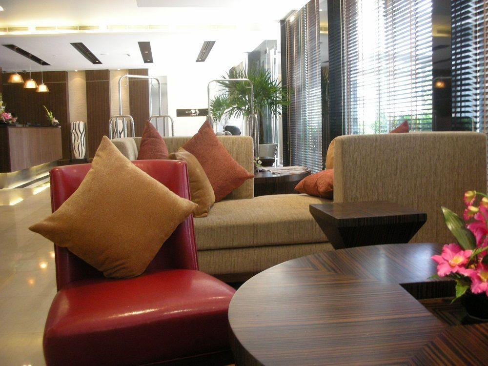 レガシースイーツのロビーはイタリア調の家具が素敵!