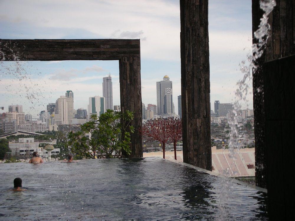 バンコクを空中浮遊?絶景プールがとにかく最高!