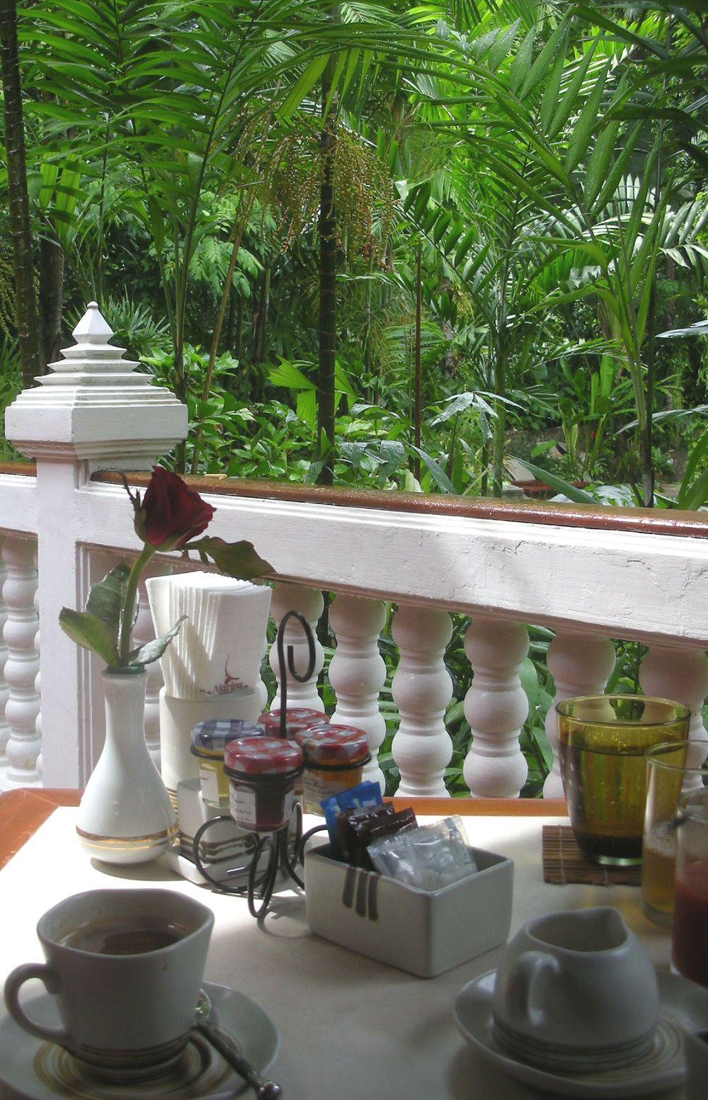 亜熱帯のジャングルの中でいただくマリーナプーケットリゾートのブレックファースト