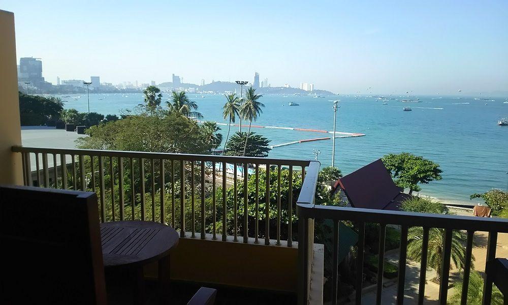 夕日の名所・パタヤを実感できるシービュールームがお勧め!テラスから最高の海景色を楽しもう!