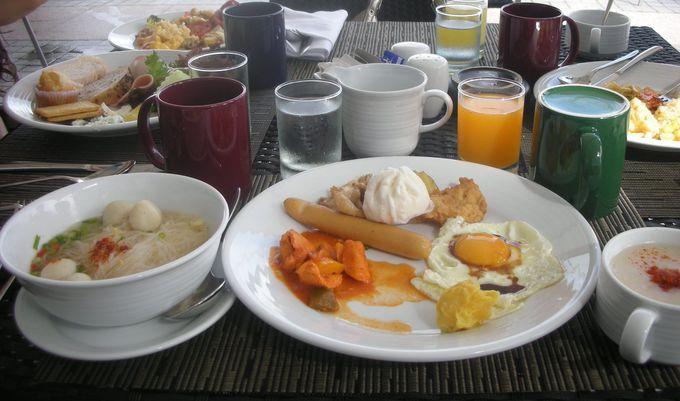 バンコクのリバーサイドテラスで朝食を!