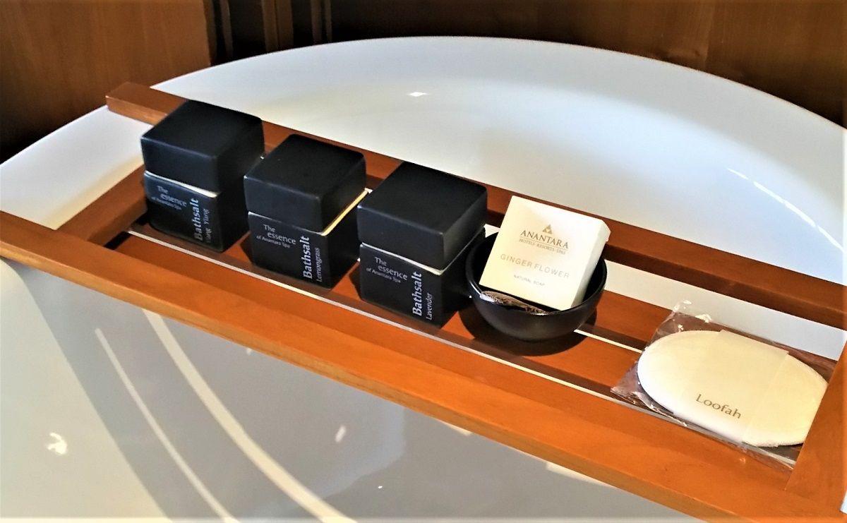 アナンタラチェンマイの客室は家具や小物の配置も繊細