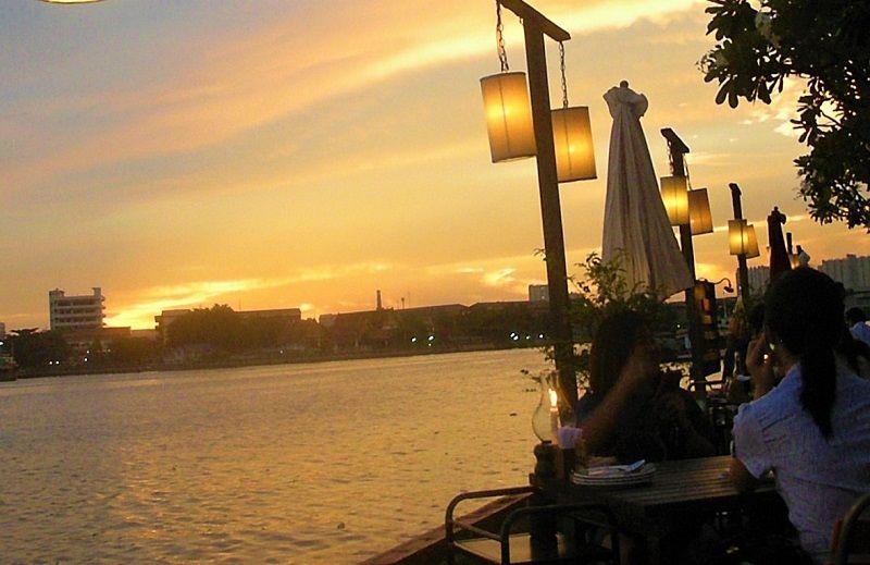 バンコクのインスタ映えスポット!夕日がきれいなレストラン