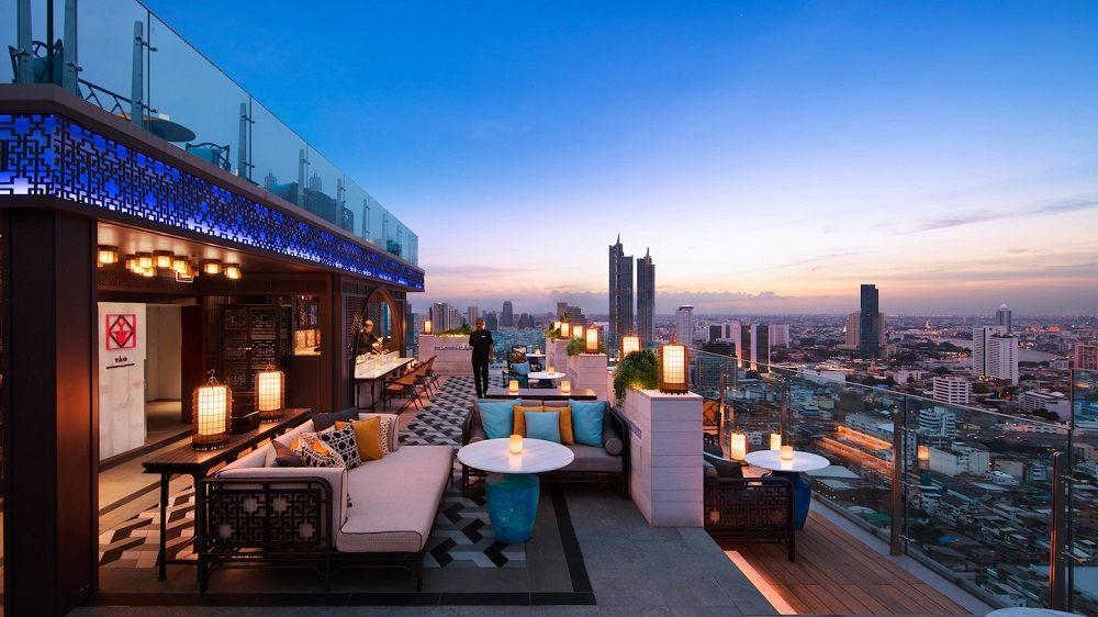 最新ホテル「バンコク マリオット ホテル ザ スリウォン」のルーフトップバー