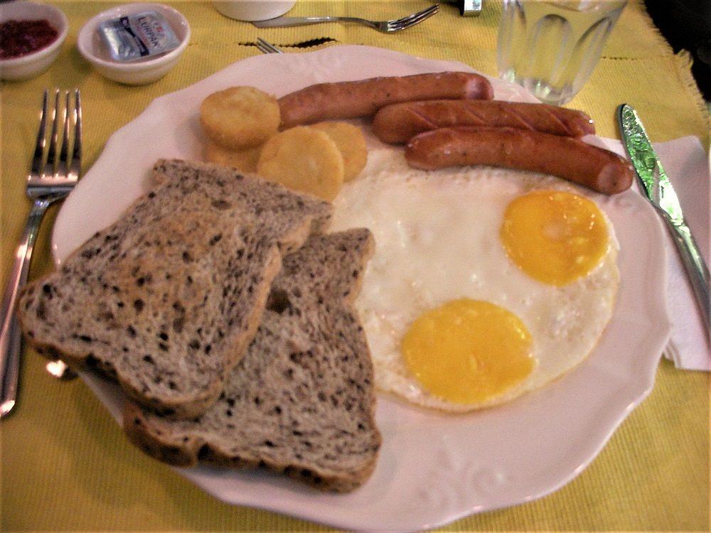 バンコクのお屋敷ホテルのダイニングで朝食を!