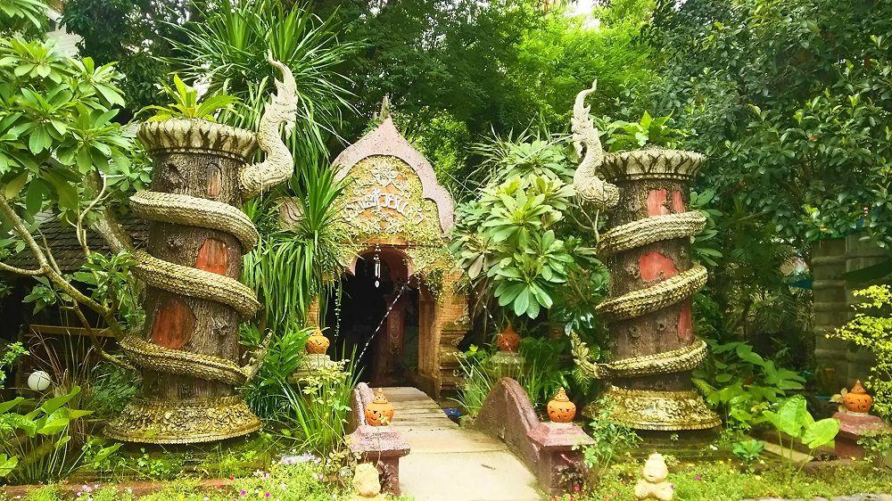 チェンマイで人気の観光スポット10選 寺院やグルメで欲張る!