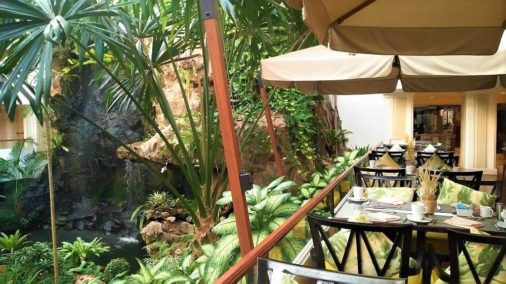 パタヤの老舗高級リゾートホテル「デュシタニパタヤ」は安心・便利