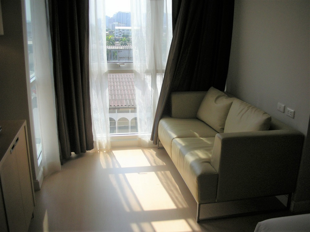 シンプルで広々!バンコクの「ザ・チボリ」の客室