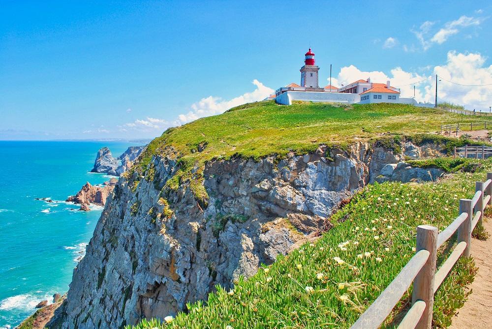 ユーラシア大陸最西端ポルトガルのロカ岬はリスボンからすぐ