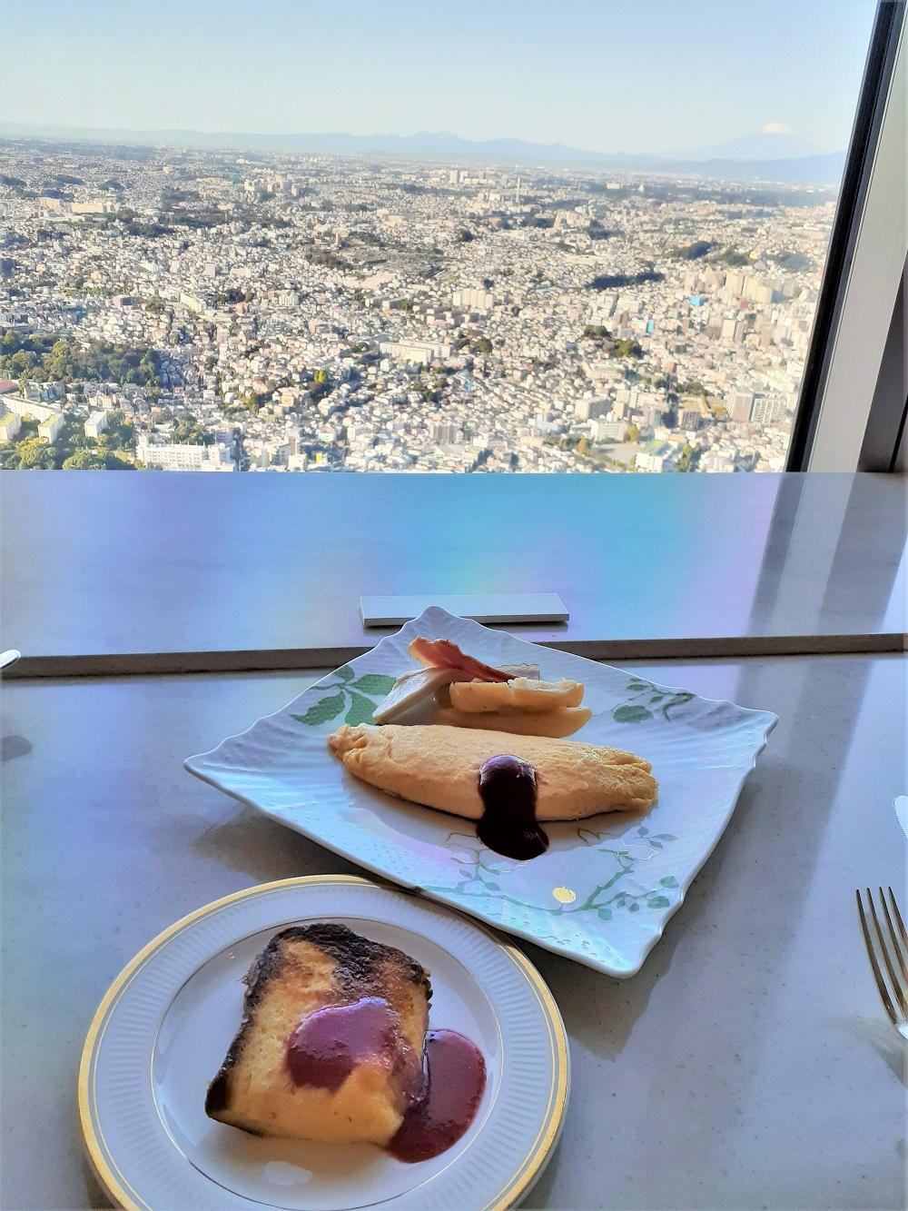 フレンチトーストとオムレツが最高!クラブラウンジの朝食