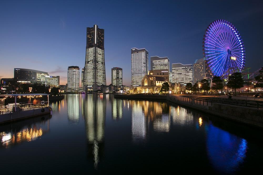 日本一高い場所にある横浜ロイヤルパークのクラブラウンジ