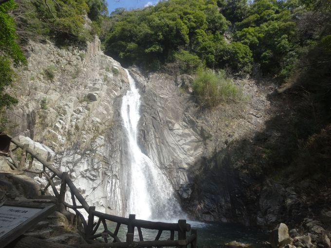 大迫力!布引の滝最大の雄滝