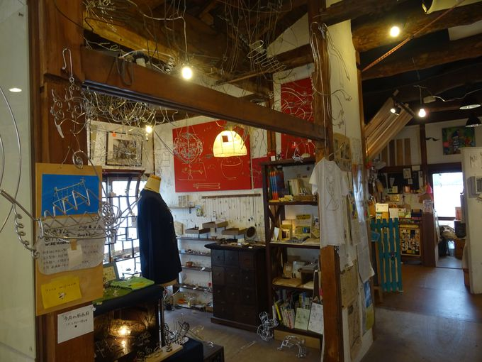 二日目午後:「覚王山アパート」でお気に入りの作品を見つけよう