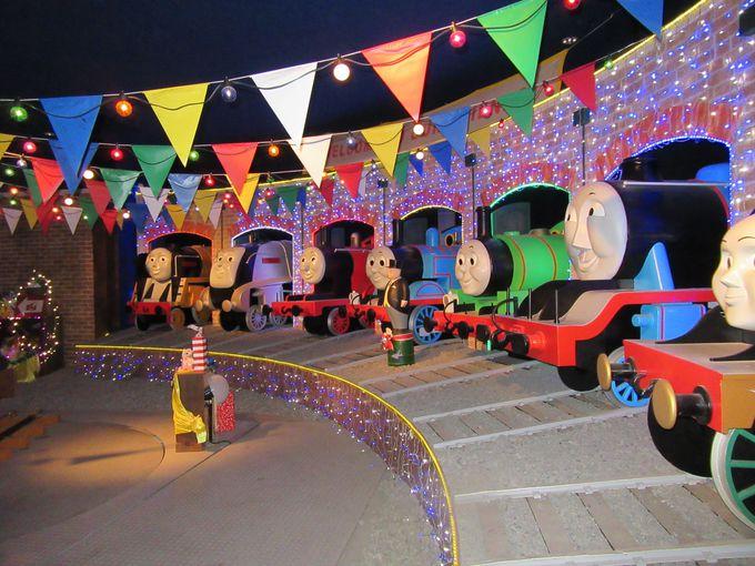 「トーマスのパーティパレード」で楽しい旅の思い出をパシャリ
