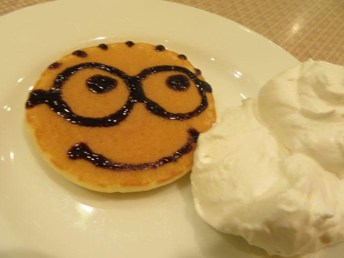 朝食は人気のイーポックで!