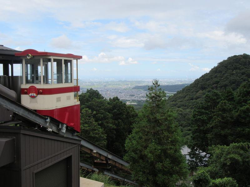 三重・湯の山温泉「希望荘」は絶景風呂とケーブルカーが楽しい!