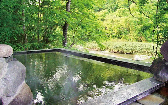 「秋保温泉」の中でも名取川に面した露天風呂は三ヶ所だけ