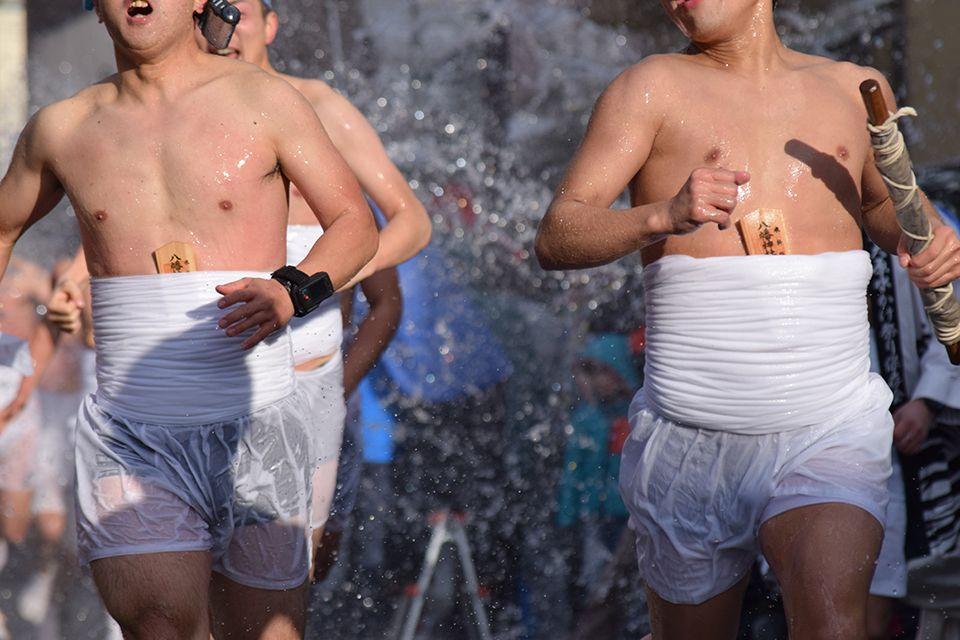 女人禁制の天下の奇祭!岩手・大原「水かけ祭り」は2月11日開催!