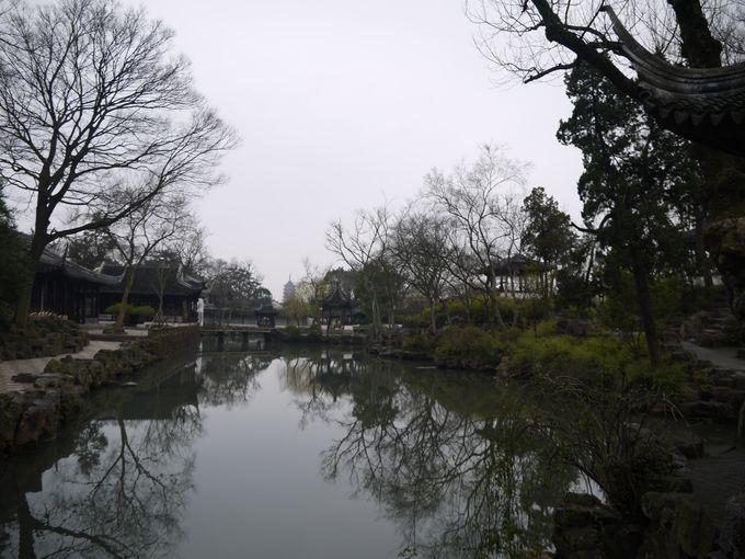自然との融合、中園の借景の技法は必見!