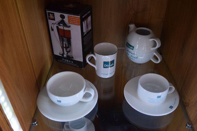 お土産にも最適!オシャレ缶入り紅茶から食器まで幅広いラインナップ