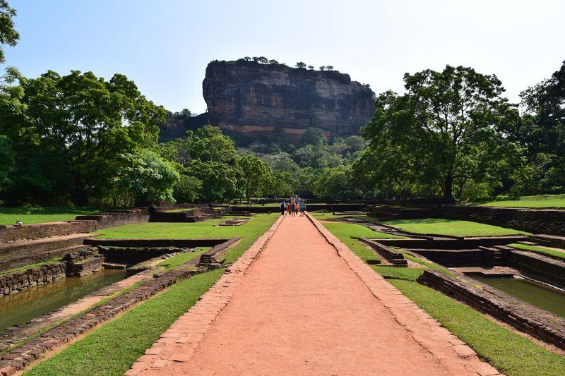 スリランカの天空宮殿!古代都市「シーギリヤ」