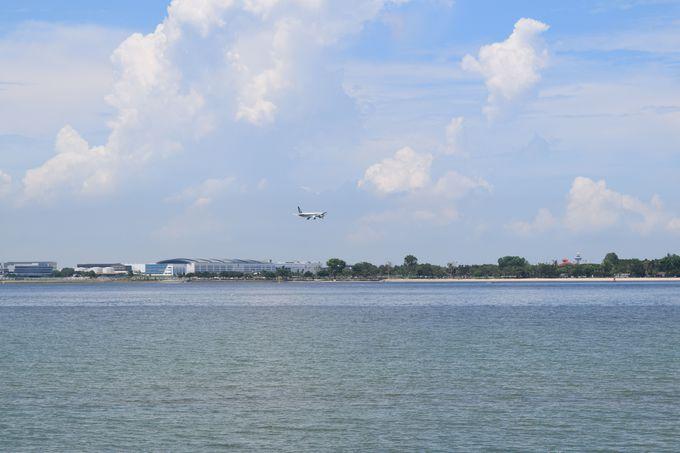 飛行機も間近に見える!お勧めコース「チェック・ジャワ」