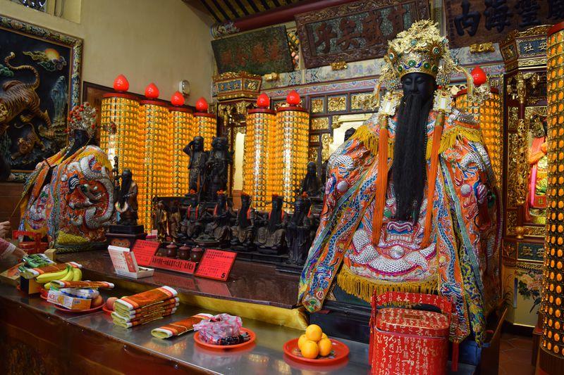 台北の縁結びパワースポット!「霞海城隍廟」