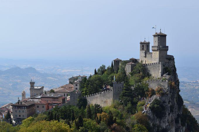 サンマリノのシンボル「3つの城砦」