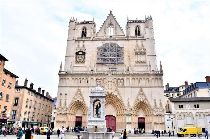 リヨンの歴史を感じる!「サン・ジャン大聖堂」と「ローマ遺跡」