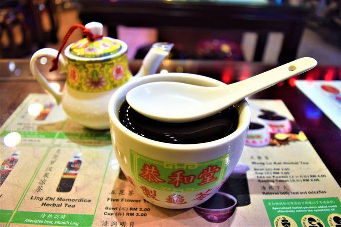 デザートは「恭和堂」の亀ゼリーと「キム・ソヤ・ビーン」の豆腐花で!