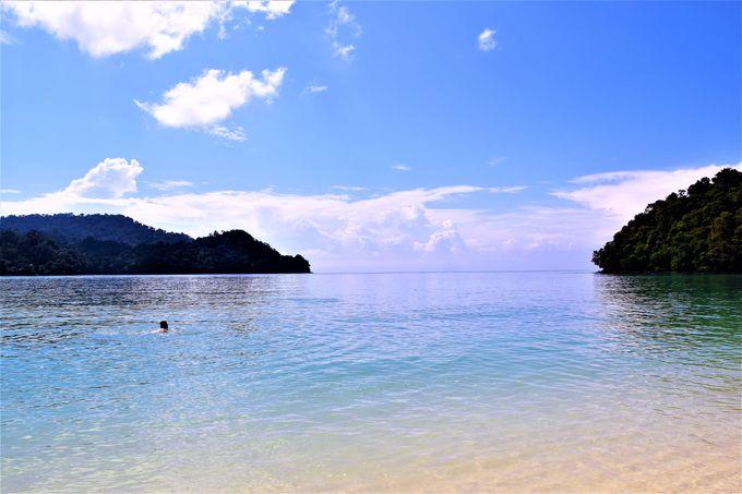 ランカウイの象徴「鷹」と美しいビーチも!