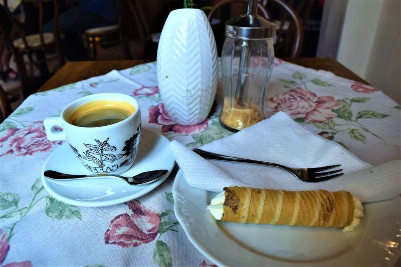 可愛いカフェでゆったりとお茶はいかが?